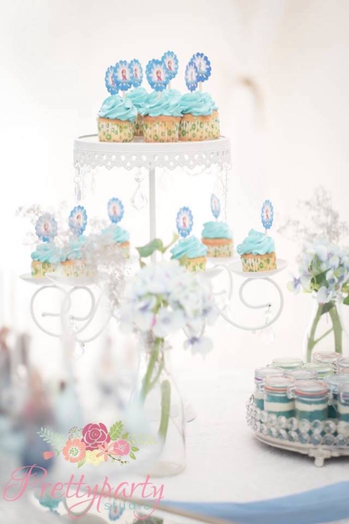 Cupcakes from a Frozen Birthday Party via Kara's Party Ideas KarasPartyIdeas.com (8)