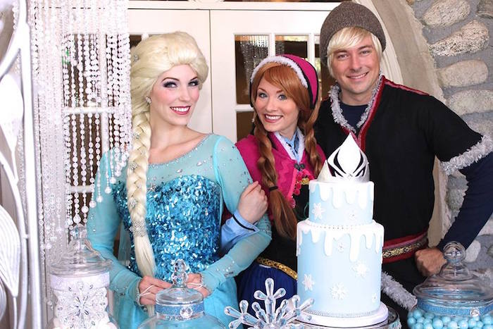 Anna + Elsa + Kristoff from a Frozen Themed Joint Birthday Party via Kara's Party Ideas | KarasPartyIdeas.com (21)
