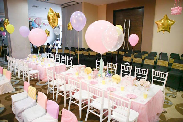 Guest Tables From A Y Circus Dumbo Birthday Party Via Kara S Ideas Karaspartyideas