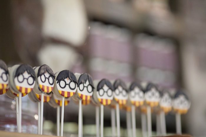 Harry Potter Oreo pops from a Harry Potter Birthday Party via Kara's Party Ideas | KarasPartyIdeas.com (34)