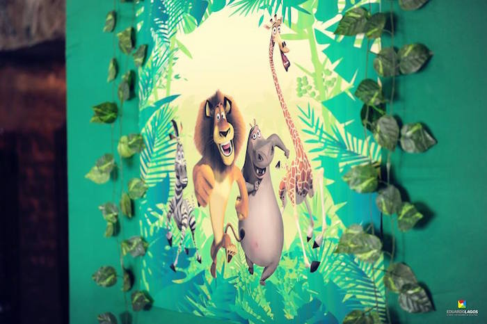 Backdrop from a Madagascar Jungle Safari Birthday Party via Kara's Party Ideas KarasPartyIdeas.com (21)