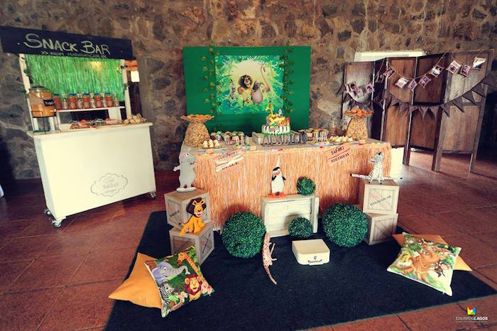 Awesome jungle party setup from a Madagascar Jungle Safari Birthday Party via Kara's Party Ideas KarasPartyIdeas.com (15)