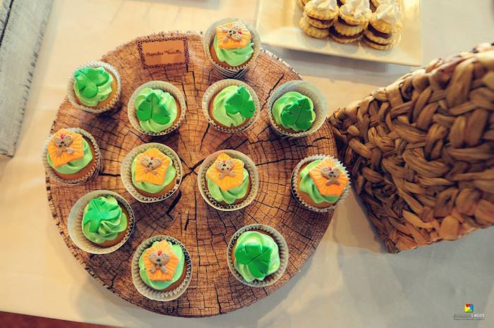 Cupcakes from a Madagascar Jungle Safari Birthday Party via Kara's Party Ideas KarasPartyIdeas.com (7)