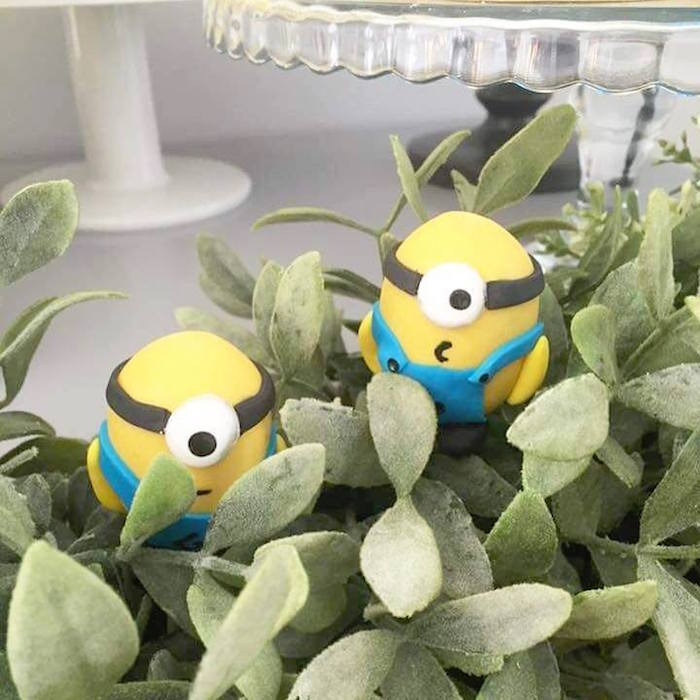Minion garland from a Minions Birthday Party via Kara's Party Ideas   KarasPartyIdeas.com (6)