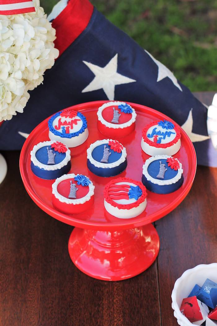 Patriotic Chocolate Covered Oreos from a Red + White & Blue Outdoor Summer 4th of July Celebration via Kara's Party Ideas - KarasPartyIdeas.com (49)