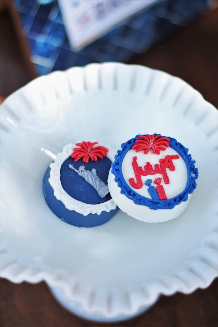 Patriotic Chocolate Covered Oreos from a Red + White & Blue Outdoor Summer 4th of July Celebration via Kara's Party Ideas - KarasPartyIdeas.com (48)