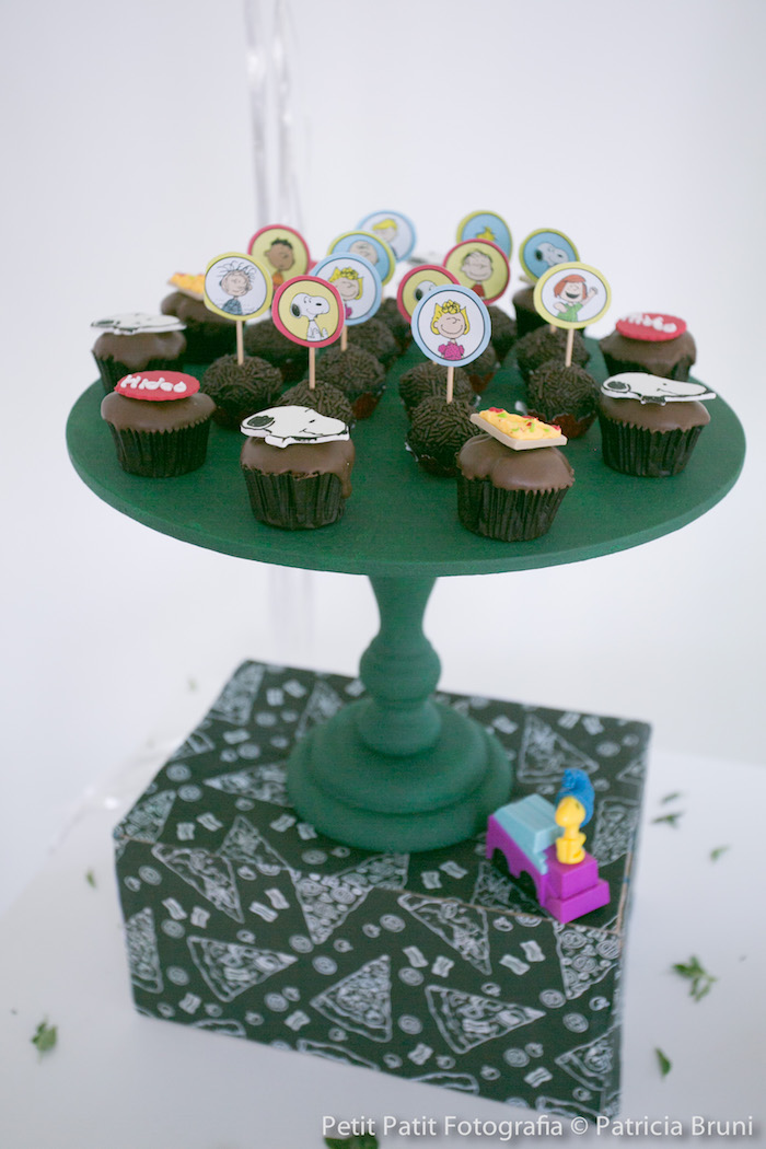 Sweet Stand from a Snoopy Pizza Themed Birthday Party via Kara's Party Ideas KarasPartyIdeas.com (19)