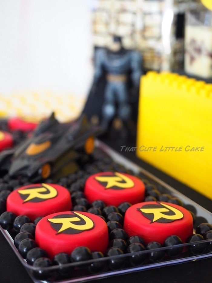 Chocolate covered Robin Oreos from a Superhero Birthday Party via Kara's Party Ideas | KarasPartyIdeas.com - The Place for All Things Party! (8)