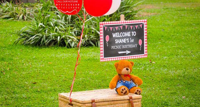 Welcome sign from a Teddy Bear Picnic Birthday Party via Kara's Party Ideas | KarasPartyIdeas.com | The Place for All Things Party! (1)