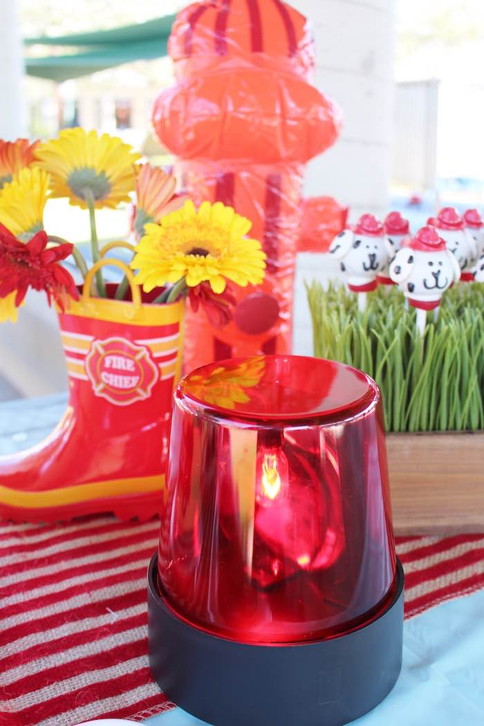 Kara s party ideas emergency light used for a table