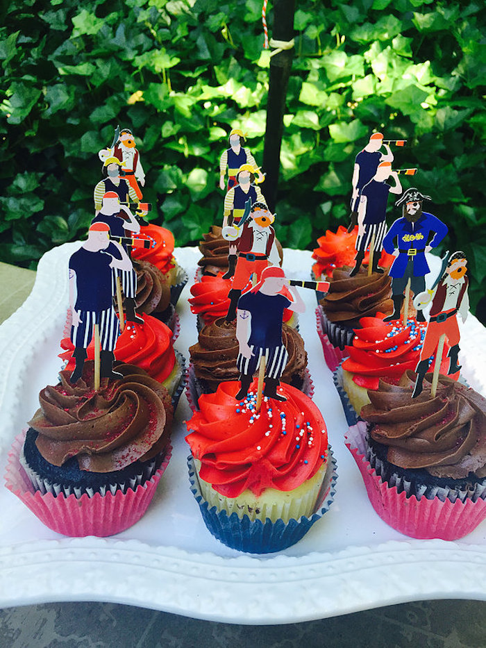 Pirate cupcakes from A Pirate's Life Outdoor Pool Party via Kara's Party Ideas! Full of party ideas, cakes, decor, printables and more! KarasPartyIdeas.com (7)