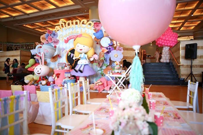Partyscape from an Alice in Wonderland Birthday Tea Party via Kara's Party Ideas | KarasPartyIdeas.com (5)