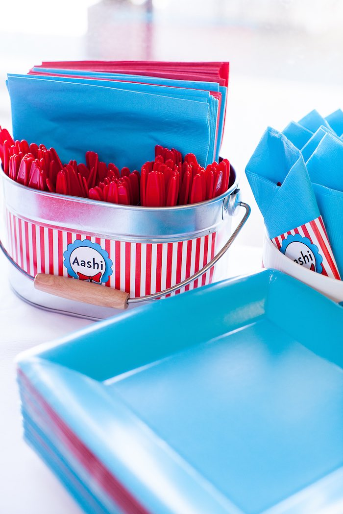 Partyware from a Cat in the Hat themed Birthday Party via Kara's Party Ideas | KarasPartyIdeas.com - The Place for All Things Party! (50)