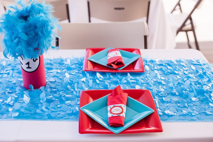 Cat in the Hat-inspired place settings + tablescape from a Cat in the Hat themed Birthday Party via Kara's Party Ideas | KarasPartyIdeas.com - The Place for All Things Party! (15)