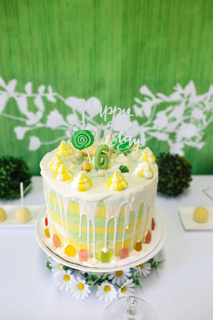 Daisy-inspired birthday cake from a Daisy Garden Themed Birthday Party via Kara's Party Ideas - KarasPartyIdeas.com (6)