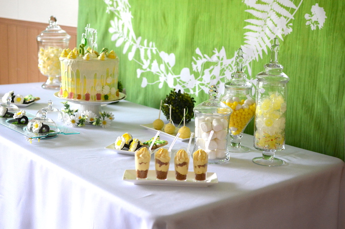 Sweet tablescape from a Daisy Garden Themed Birthday Party via Kara's Party Ideas - KarasPartyIdeas.com (27)