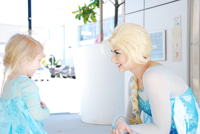 Glam Frozen Themed Birthday Party via Kara's Party Ideas KarasPartyIdeas.com (6)
