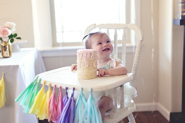 Glam Pastel Unicorn Themed Birthday Party via Kara's Party Ideas | KarasPartyIdeas.com (5)