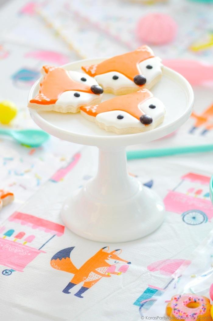Ice Cream + Fox Party with DIY Sprinkles Place Mats! By Kara Allen | Kara's Party Ideas for Scotch Brand-14