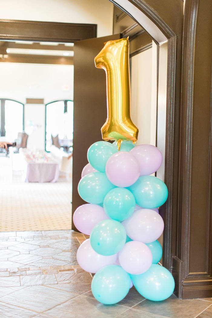 Balloon pole from a Mermaids & Pirates Birthday Party via Kara's Party Ideas KarasPartyIdeas.com (54)