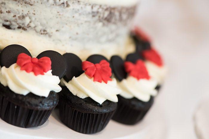 Minnie Mouse Cupcakes from a Minnie Mouse Birthday Party via Kara's Party Ideas | KarasPartyIdeas.com (6)