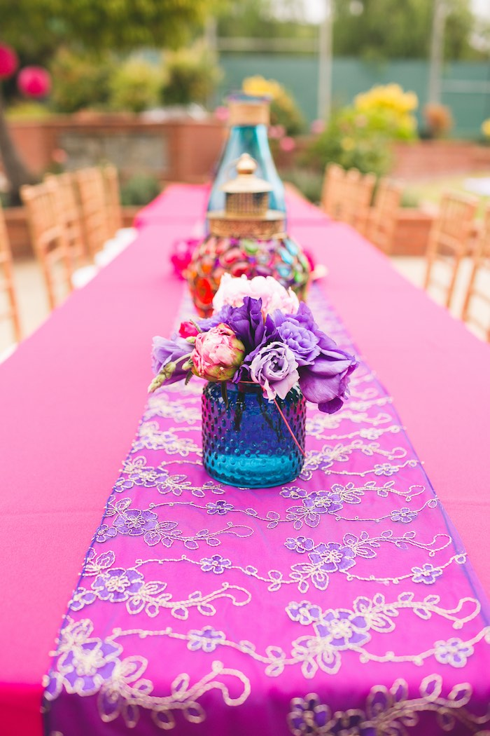Kara 39 s party ideas moroccan genie party kara 39 s party ideas for 13 ka table