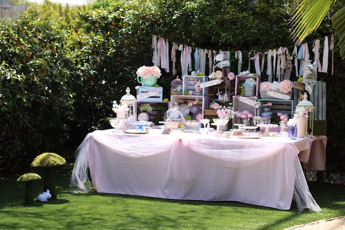 Mad Hatter Tea Party Table Decorating Ideas Elitflat