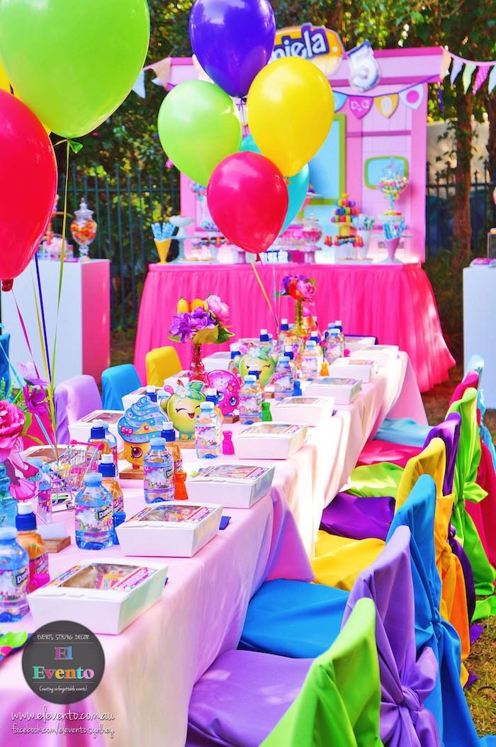 Party tablescape from a Shopkins Birthday Party via Kara's Party Ideas | KarasPartyIdeas.com (18)
