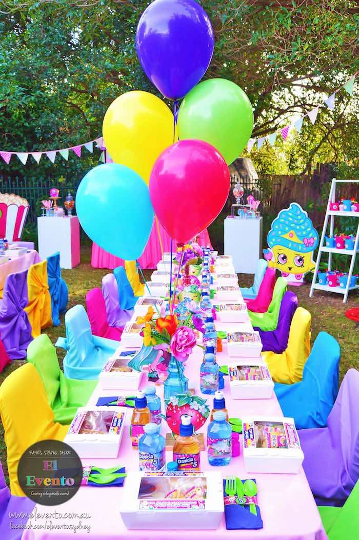 Colorful party tablescape from a Shopkins Birthday Party via Kara's Party Ideas | KarasPartyIdeas.com (13)