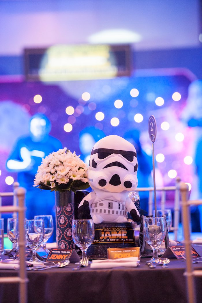 Guest table from a Star Wars Birthday Party via Kara's Party Ideas | KarasPartyIdeas.com (40)