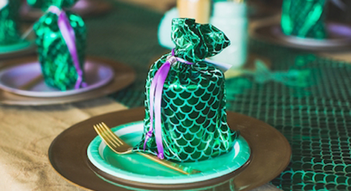 Under the Sea Birthday + Mermaid Party via Kara's Party Ideas | Full of fabulous party ideas, supplies, printables and more! KarasPartyIdeas.com (1)