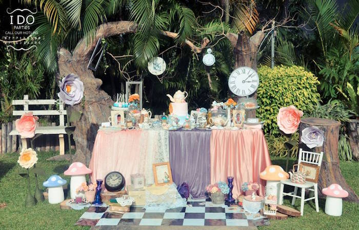 Vintage Alice In Wonderland Birthday Tea Party On Karas Ideas KarasPartyIdeas 40