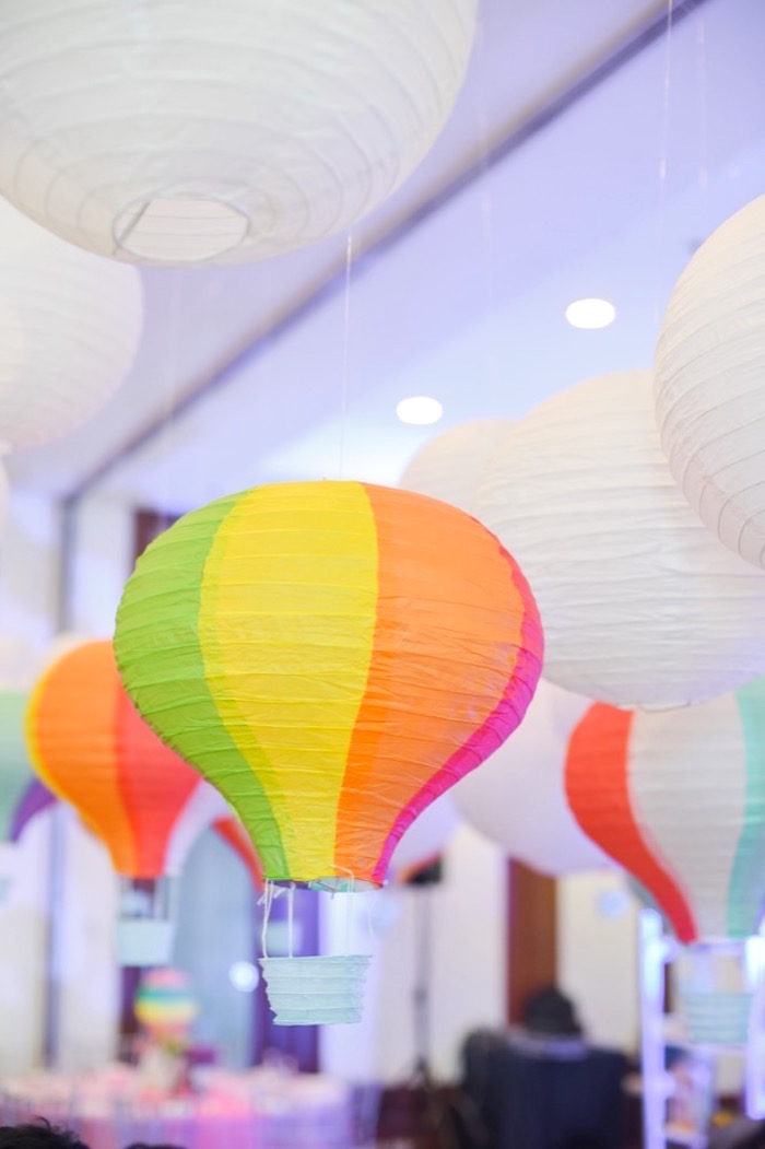 How To Make Hot Air Balloon Table Decorations