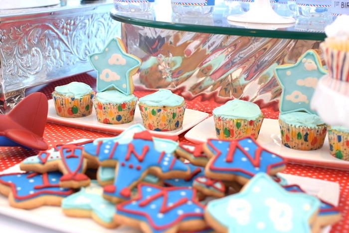 Cupcakes from a Airplane Birthday Party via Kara's Party Ideas KarasPartyIdeas.com (19)
