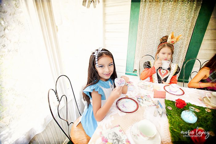 Alice in Wonderland Birthday Party via Kara's Party Ideas | KarasPartyIdeas.com (26)