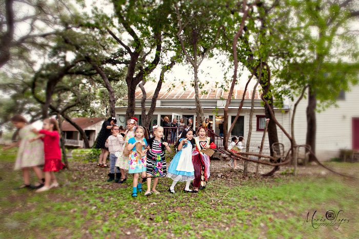 Alice in Wonderland Birthday Party via Kara's Party Ideas | KarasPartyIdeas.com (22)