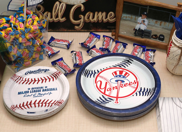 Yankees baseball plates from a Baseball + Yankees Inspired Birthday Party via Kara's Party Ideas | KarasPartyIdeas.com (15)