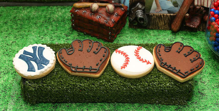 Baseball + Yankees Inspired Birthday Party via Kara's Party Ideas | KarasPartyIdeas.com (2)