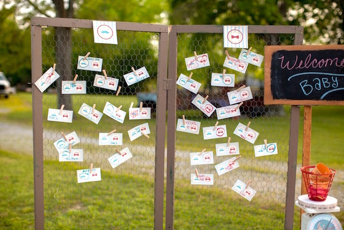 Chicken wire guess board from a Carnival Themed Gender Reveal Party via Kara's Party Ideas | KarasPartyIdeas.com (3)