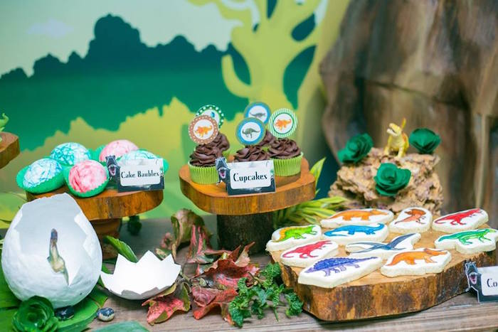 Kara S Party Ideas Prehistoric Themed Dinosaur Birthday