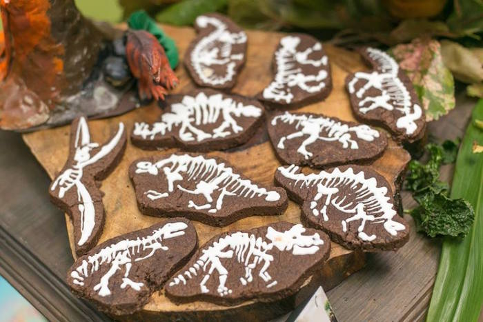 Karas Party Ideas Prehistoric Themed Dinosaur Birthday Party