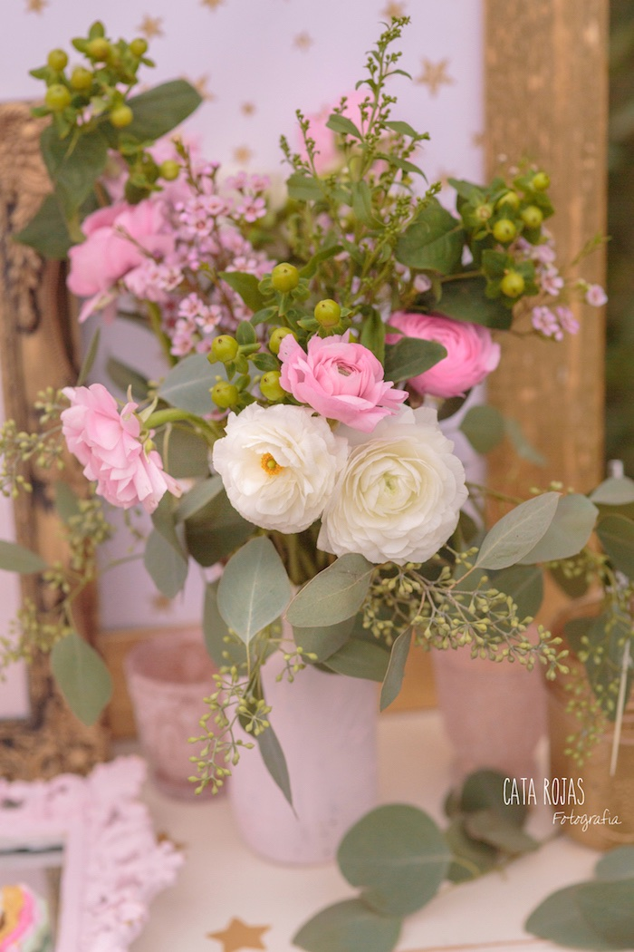 Blooms from a Dreamy Unicorn Birthday Party on Kara's Party Ideas | KarasPartyIdeas.com (4)