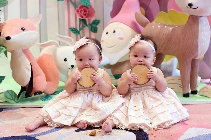 Birthday Girls from a Fairy Garden Birthday Party on KarasPartyIdeas.com! Don't miss it! (8)
