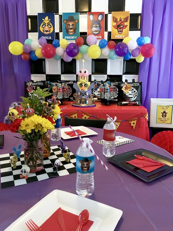 Guest tablescape from a Five Nights At Freddy's Birthday Party on Kara's Party Ideas | KarasPartyIdeas.com (8)