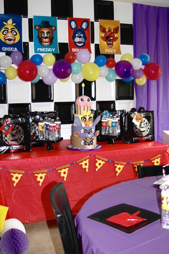 Party Table From A Five Nights At Freddy S Birthday On Kara Ideas Karaspartyideas