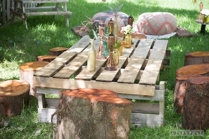 Pallet Party Table From A Pocahontas Boho Pow Wow Birthday Via Karas Ideas KarasPartyIdeas