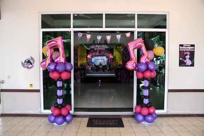Balloon music note pillars from a Rock Star Birthday Party on Kara's Party Ideas | KarasPartyIdeas.com (14)