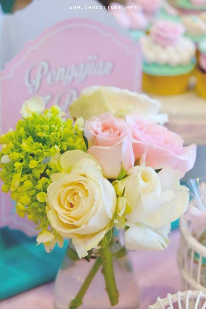 Fresh blooms from a Shabby Chic Baby Shower via Kara's Party Ideas | KarasPartyIdeas.com (3)