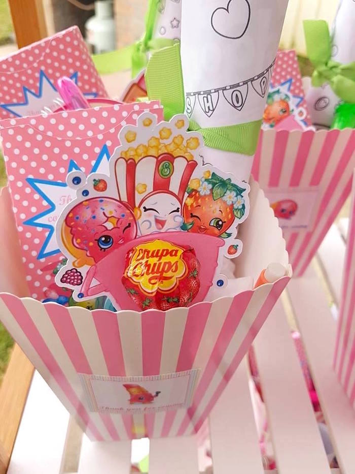 Shopkins favor box from a Shopkins Birthday Party via Kara's Party Ideas | KarasPartyIdeas.com (14)