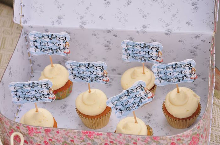 Vintage Alice in Wonderland Birthday Party on Kara's Party Ideas | KarasPartyIdeas.com (14)